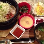 スマイル キッチン - 豚肉と長芋のいい塩梅石鍋ごはん定食