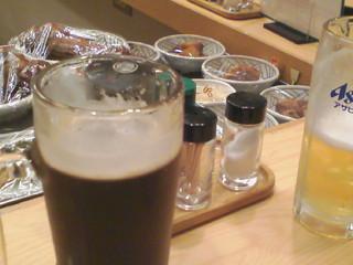 チョイト一杯 - ハーフ&ハーフ・生中¥300