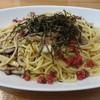 薪ストーブと喫茶店 暖らん - 料理写真:色んなきのこの梅おかか和風パスタ(^-^)