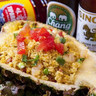 タイのビールやウイスキーなど、ドリンクも充実