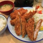 とんかつ 三田 - 盛り合わせ定食