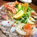 魚とワイン はなたれ 野毛店 - 魚魂!!カルパッチョ790円