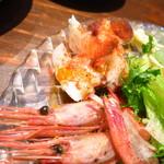 魚とワイン はなたれ - 魚魂!!カルパッチョ790円