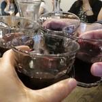 酒飲めフレンチ bisとろタカギ - がぶ飲みワインをグラスで、乾杯~!!