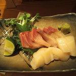 鮨処 小町 - 天然鰤と帆立貝のお造り