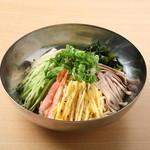 冷麺(夏期限定)