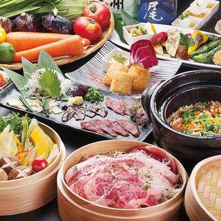 信州食材を使った、ボリューム満点の宴会料理が好評です。