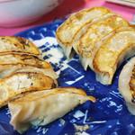 肉汁餃子製作所 - テイクアウト餃子で焼き餃子