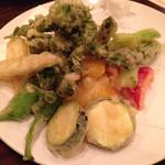 祐天寺DINER - 春野菜の天プラ 780円