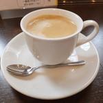 ほほえみカフェ - ほほえみランチ 煮込みハンバーグ 600円  セットコーヒー 【 2014年5月 】