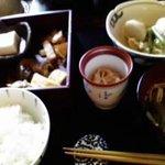 わらび奄 - 日替わりの定食です