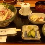 港キリン - キリン丼(1620円)