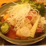 港キリン - キリン丼のアップ画像