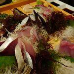 丸秀鮮魚店 - お刺身盛り合わせ6種