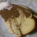 プティ・マリエ  - まんまるチーズケーキ カットしたところ