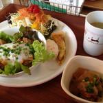 カフェ リーシャ - 台湾風肉のせプレート