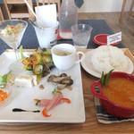 ジャムジャム 食堂×カフェ - 料理写真:オープン記念ランチ(メインはレッドカレー)