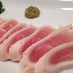 鶏Dining Bird Place - ササミを少しだけお湯にいれて、 氷水でしめた  トリワサ  すごいさっぱりで美味しいです(^^)