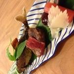 割烹 竹うち - 5000円コース焼物。鮎塩焼き 牛ヒレ肉 あしらい色々