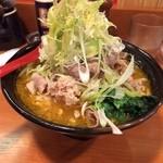 肉肉ラーメン - 華麗(カレー)ラーメン(780円)強制のご飯がなくなり100円値下げ!