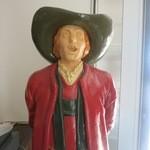 常陸野ブルーイング水戸 - 陶器の人形3です。