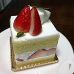 27440405 - イチゴのショートケーキ600円(税込)