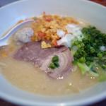 博多一風堂 - 料理写真:鶏豚ソバ~☆