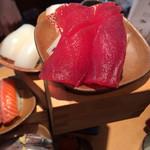 魚寿司 - まぐろ