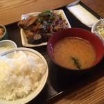 旬菜家庭料理なかよし - 濃い味の茄子炒め定食!