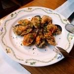 クッチーナ イタリアーナ アンゴロ - ムール貝のパン粉焼き:全景図 by ももち