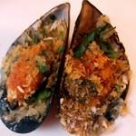 クッチーナ イタリアーナ アンゴロ - ムール貝のパン粉焼き:超どあっぷ図 by ももち