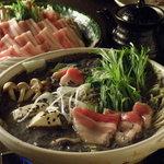 銀座 竹の庵 - オリジナルの豆乳仕立ての黒胡麻味噌鍋