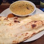 ダバ インディア - 本日のカレー中辛、鶏挽肉のカレーでした