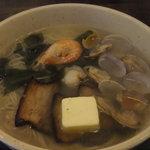 麺屋 縁 - 海の幸ラーメン バタートッピング