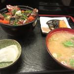 富士寿司 - 2013.09.02 漬け丼ランチ680円の全貌