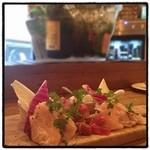 """アワーズ ファーム キッチン - """"新鮮""""近江黒鶏のおいしいカルパッチョ。 笹身、ソリデス、ムネ、ハツ、砂肝。 おいしい。"""