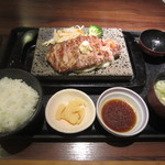 贅 - 2013.09.03 サーロインステーキランチ 1100円