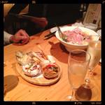 27470229 - サラダ、前菜、スパークリング!