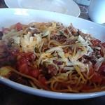 ジョリーパスタ - 牛肉とチーズがたっぷり!トマトミートソース