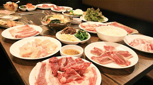 秋の牛 - 食べ放題コース2480円~とリーズナブル◎上質な肉をお腹いっぱいお召し上がりください!