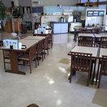 レストラン二ッ森 - テーブル席
