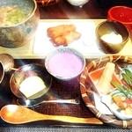 ふた川 - 牛すじと根菜の塩煮込御膳