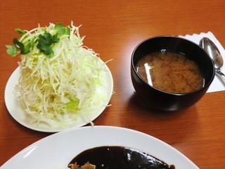 馬場南海 - 千切りキャべ&味噌汁