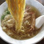ささや食堂 - えび天ぷら塩ラーメンの麺