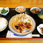 おっとっと - 料理写真:2014/05/24 本日の定食 600円 これは、おいしい、しかも安い