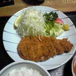 ひと美 - 料理写真:梅とんかつ(1,150円)