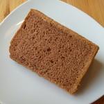 カフェ ポッシュ - ココアのシフォンケーキ