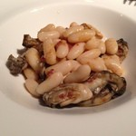 サボ - 白いんげんと牡蠣