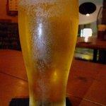ラ・マンミーナ - まずは何時ものようにこれからですよね。生ビールです。ん~、美味しい。