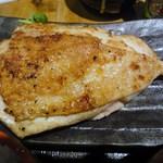 こがね屋 - 大山鶏の刺身ステーキ